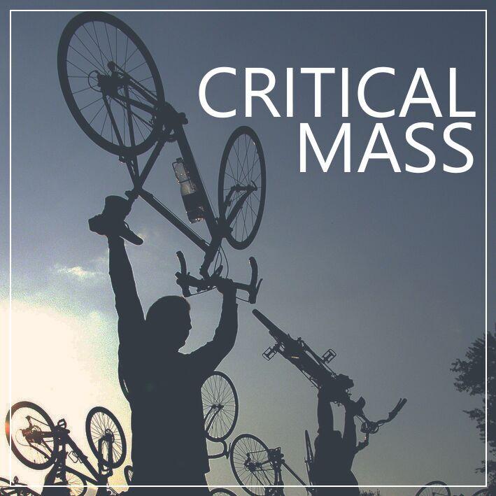 Logi Critical Mass mit Fahrrädern
