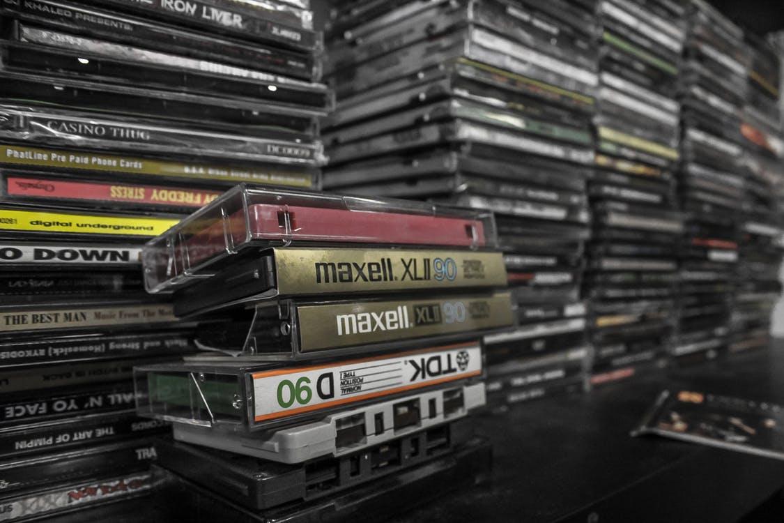 Stapel mit Musikkassetten