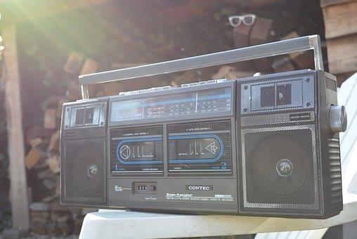 Radiogerät in der Sonne