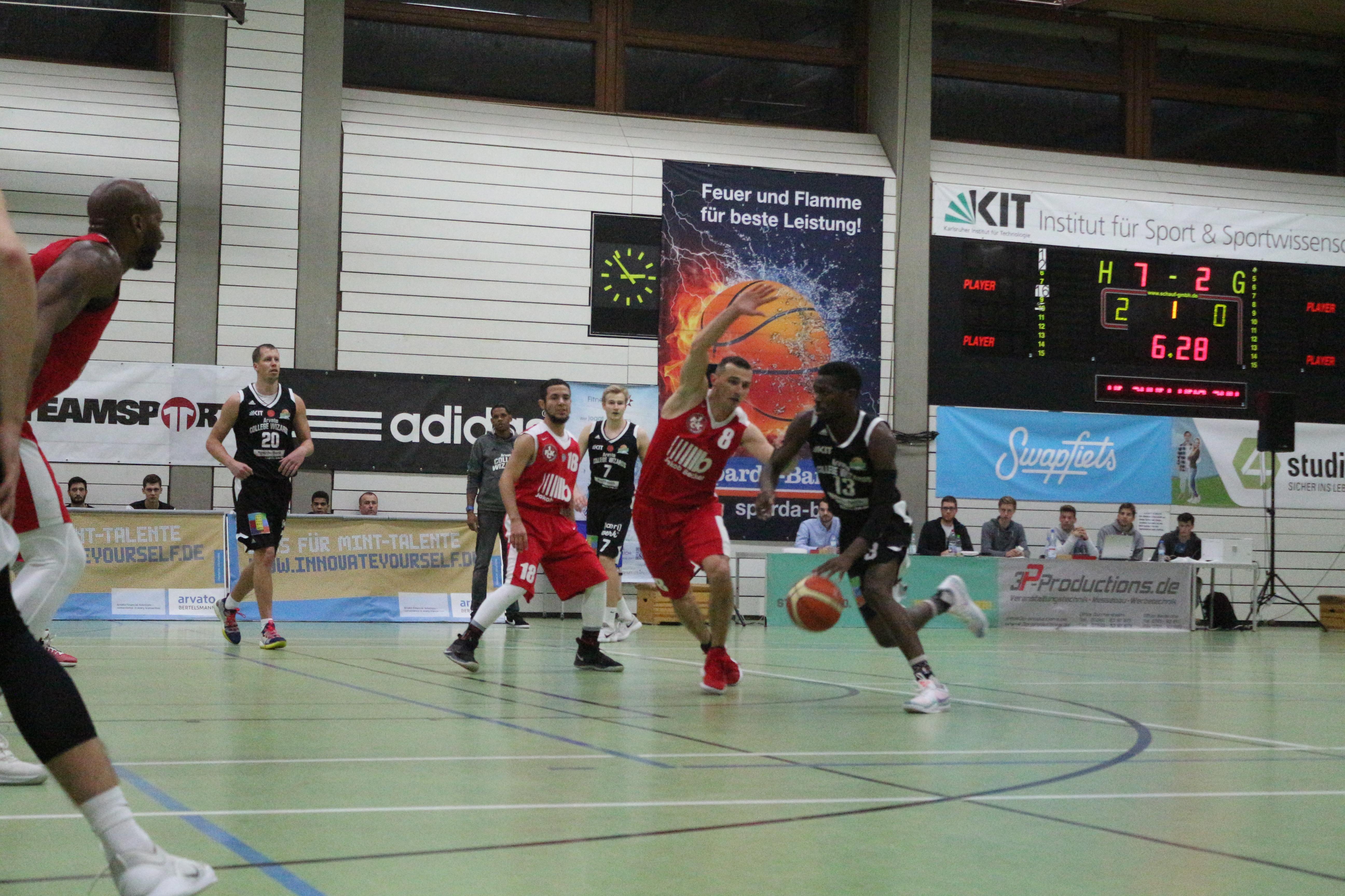 Basketballer im Spiel