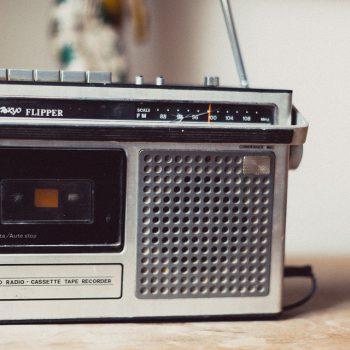 Kleines Kofferradio