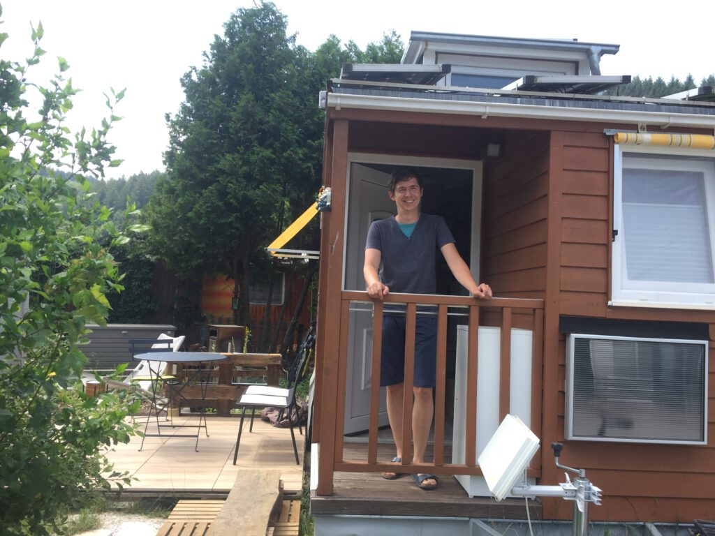 Stefan Fritz im tiny house
