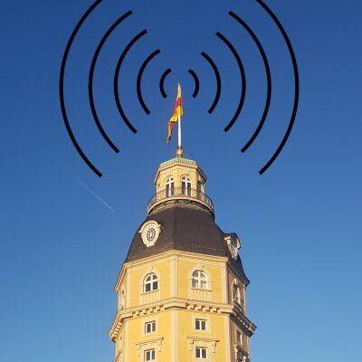 Karlsruher Schlossturm mit Radiowellen